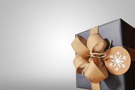 祖父母へ送るクリスマスプレゼントおすすめ6選-人気なのはどんなもの